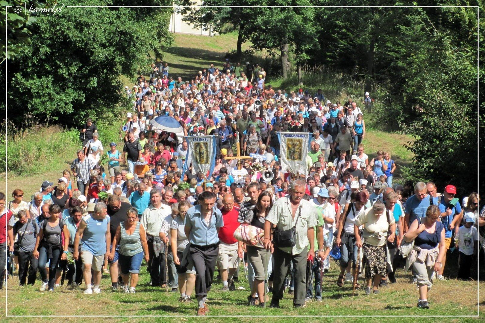 Kalwaryjskie-i-sierpniowe-2011-085